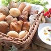 ブッフェ ザ・ヴィラ - 料理写真:毎朝店内で焼き上げるパンを是非ご賞味あれ