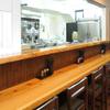 麺や七福 - 内観写真:スタッフとお客様が、気軽に会話を楽しめます