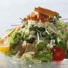 銀座カフェビストロ 森のテーブル - 料理写真:無添加ハーブ燻製チーズのサラダはワインにピッタリ。オレガノやローズマリー、レモンハーブが香ります