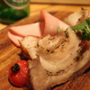 101010 - 料理写真:じっくり焼いた『豚のポルケッタ』