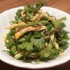麻SHIBIRE - 料理写真:パクチーと蒸し鶏ピリ辛和え