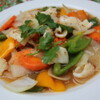 ベトナムちゃん - 料理写真:イカとパイナップルの甘酸っぱ炒め これぞ東南アジアの炒め物!甘酸っぱいパイナップルとイカはなかなか合いますよ~。