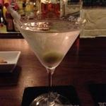 静かに飲める大阪・ミナミのBAR。オトナの店10選。