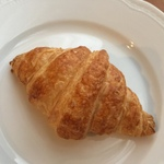 東京の著名フレンチ8店のクロワッサン食べ比べ