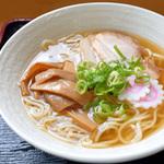 讃岐うどん屋さんで食べる中華そばorラーメン(高松市郊外・東讃)