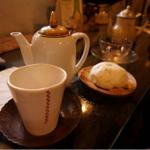 レトロモダンで大人な街、神楽坂で心和むカフェ8選