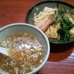 恵比寿で人気のつけ麺・汁なしラーメン8選