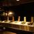 牡蠣屋うらら - 内観写真:カウンターの目の前には牡蠣が並びます。