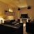Bar Hitomi - 内観写真:合コンに最適。最大10名まで使用できるカラオケ付VIPルーム
