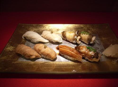 吟遊 - 料理写真:『穴子尽し』 様々な味が楽しめる