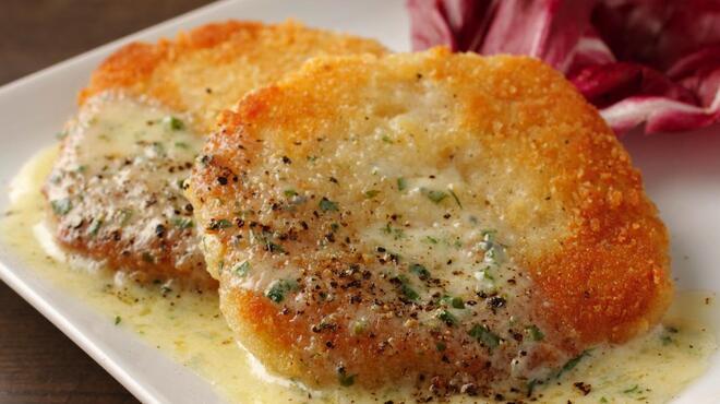 アントン ビー - 料理写真:とろ~りチーズのじゃがごん