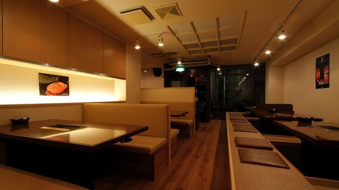 扇の牛TOKYO - 内観写真:掘りごたつ席で最大35名様の大宴会も☆
