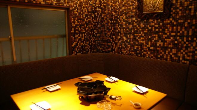南部鉄酒場 豚バルBYO - 内観写真:2階VIP個室 ~8名様