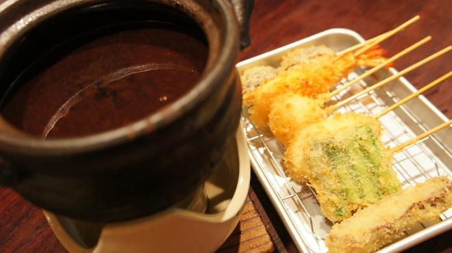 ホタル - 料理写真:味噌タレ&串かつ盛り合わせ