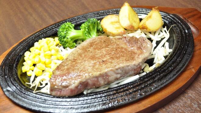 銭場精肉店 - 料理写真:和牛フィレステーキ  3600円