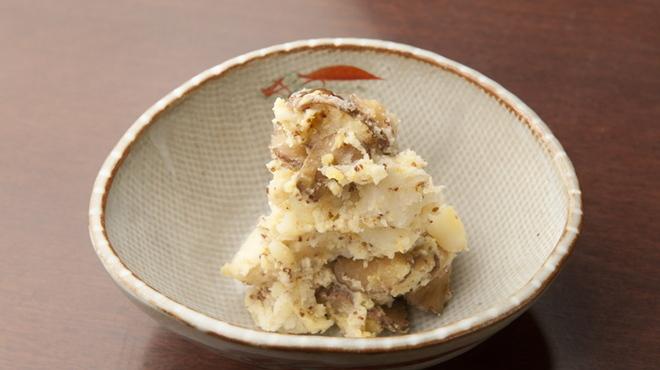 エンガワ - 料理写真:いぶりがっことパルメザンチーズのポテトサラダ