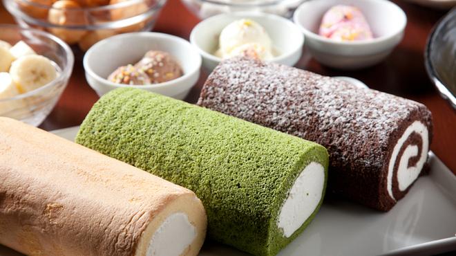 京都北山ダイニング - 料理写真:【季節限定】北山特製ロールケーキ スポンジとクリームの絶妙なハーモニーが評判です 。