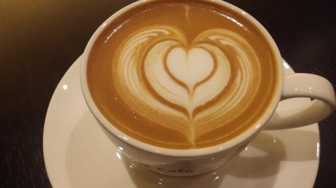 air cafe - 料理写真:Baristaによるラテアートが楽しめるカフェラテ