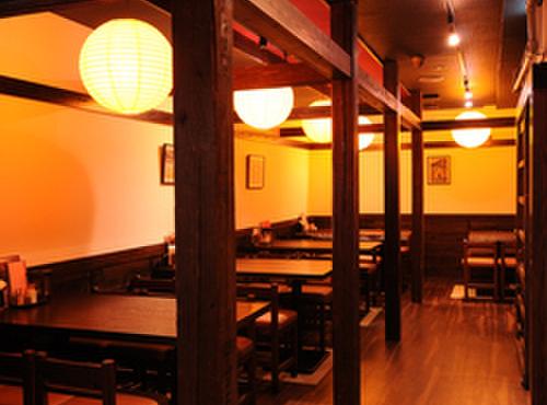 あげづき - 内観写真:ゆっくりと落ち着ける江戸風情の店内。女性お一人様も多い。