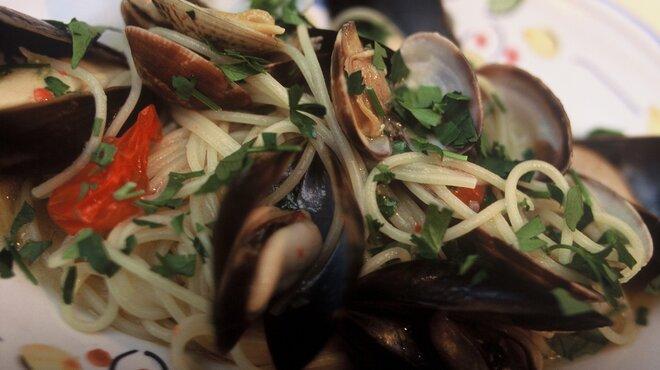ナプレ - 料理写真:新鮮な魚介の他、新鮮な季節野菜やお肉のパスタをご用意しています。