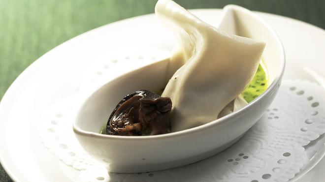 フレンチレストラン Nature - 料理写真:エスカルゴのラヴィオリ仕立てイタリアンパセリのクリームソース