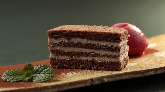 フレンチレストラン Nature - 料理写真:ショコラと栗のミルフィーユ フランボワーズのソルベ