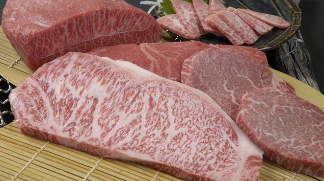 紀州屋 - 料理写真:見事な霜降り肉が堪能下さい