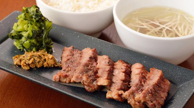 伊達の牛たん本舗 - 料理写真:極厚芯たん定食 2,000円