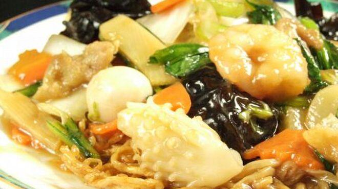 中国料理 金春新館 - 料理写真:焼きそば、炒飯、ラーメンなど、気軽に食べられるご飯物も充実♪ランチ営業もしております!!