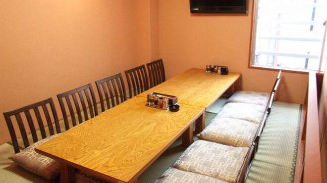 春香園 - 内観写真:接待に最適な雅な雰囲気の個室も完備しています。最大10名様OK!!