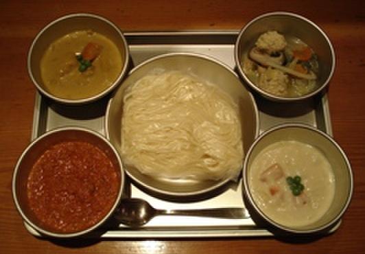 給食当番 - 料理写真:4つの味のソフトめん