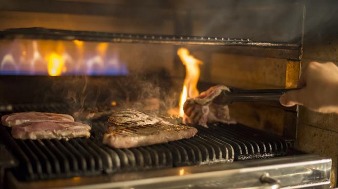 武藏 - 料理写真:遠赤外線効果で焼き上げるのでふっくらジューシーに仕上がります♪