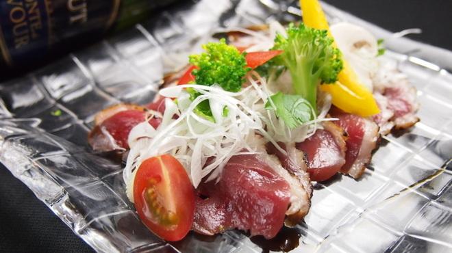 Cerdo y pato - 料理写真:上品にとろける脂!京鴨の自家製生ハム、たたき、京鴨モモ肉のソテー、京鴨肉とフォアグラのソテー等、色々♪♪