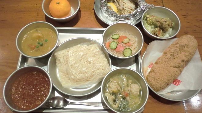 給食当番 - 料理写真:小学生コース