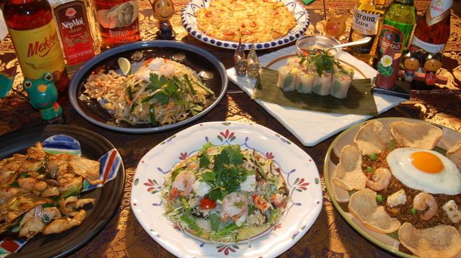 アジアンキュイジーヌ ヘイマーケット - 料理写真:アジアンコース。飲み放題付き3000円