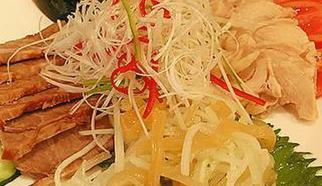 龍祥軒 - 料理写真:冷菜の盛り合わせ、食材を綺麗に彩ります!