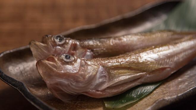 焚火家 - 料理写真:秋田県の県の魚「はたはた」や太刀魚など、魚貝類も豊富!