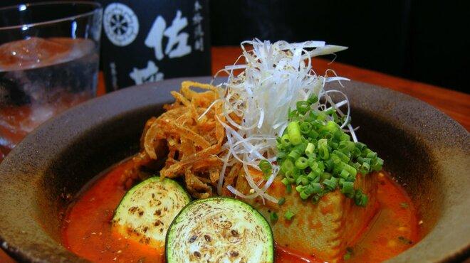 銀座酒場 マルハチ - 料理写真:尾崎牛の肉豆腐
