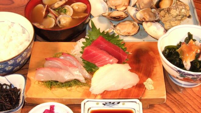 きむら - 料理写真:湘南コース 2,700円  お刺身 はまぐり さざえなど