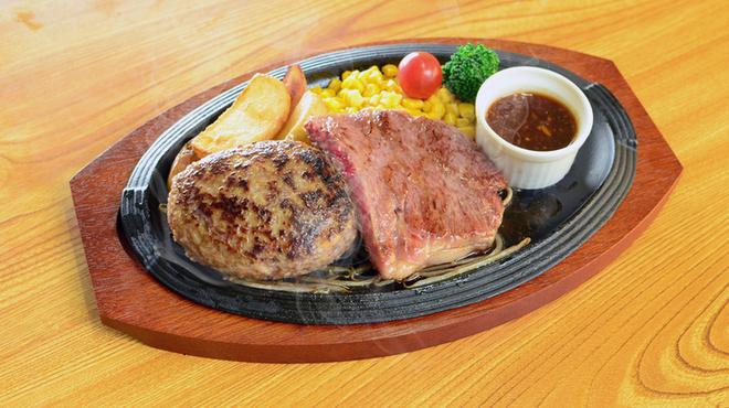 ハンバーグ・ステーキ宮崎亭 - 料理写真:ハンバーグ&サーロインのコンボ