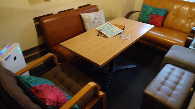 アネア カフェ - 内観写真:お部屋の様な半個室のお席♪ ※お席をご指定でのご予約は承ることができませんのでご了承ください