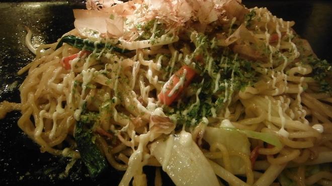 てっぱん大吉 - 料理写真:塩ダレ焼きそば 630円
