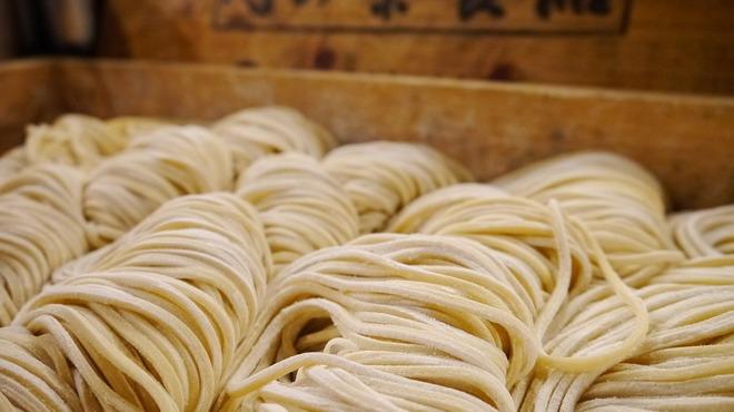 藤しろ - その他写真:つけ麺も麺は知る人ぞ知る、『麺屋とみ田』さんの『心の味食品』さんから直送。