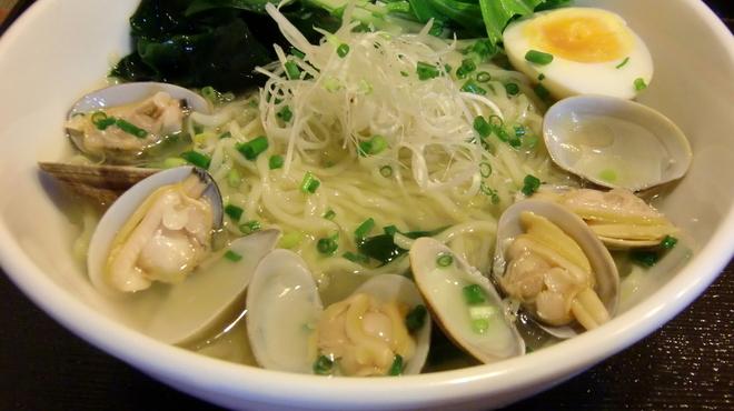 麺屋海神 - 料理写真:あら炊きあさりらぁめん