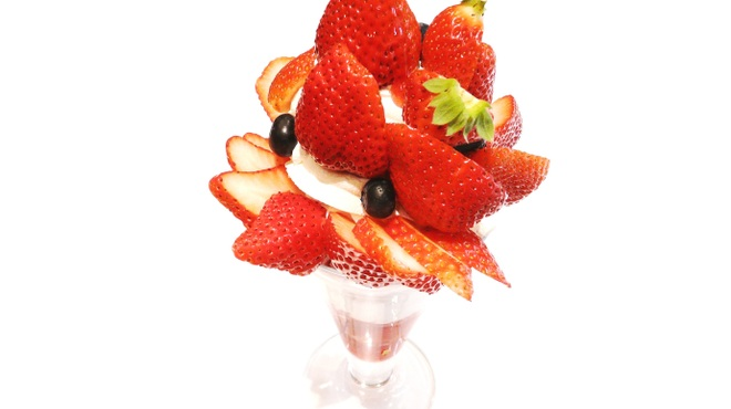 果実園 - 料理写真:いちごのパフェ