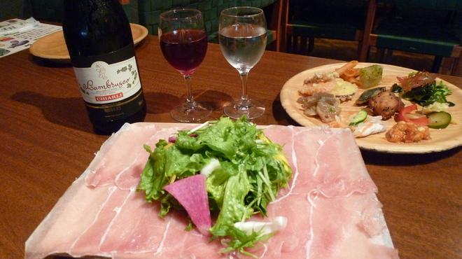 葡萄の杜 互談や - 料理写真:女子会コース。お勧めスパークリングワインと生ハムのおつまみ付き!!3時間のお楽しみ!
