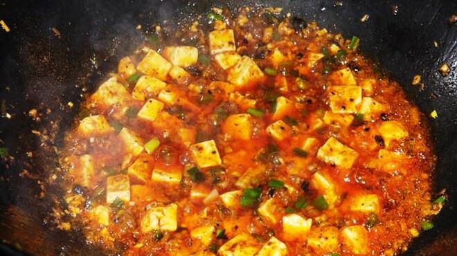 銀座小はれ日より - 料理写真:本格四川麻婆豆冨(おまかせコースの料理例)