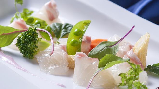アオ - 料理写真:オーナーは野菜ソムリエ! 食へのこだわりが随所に