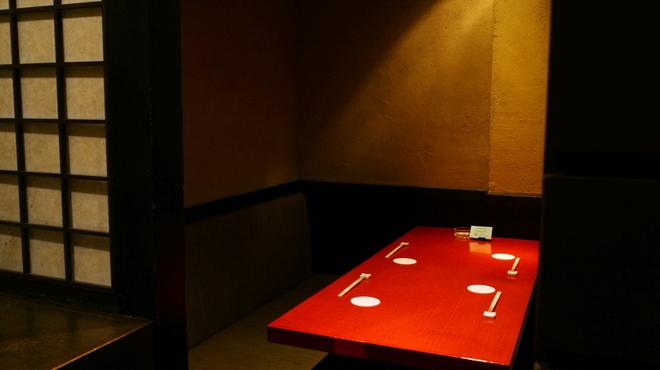 銀座ロビー - 内観写真:3.5階の個室。静かな空間でプライベートなお時間を。