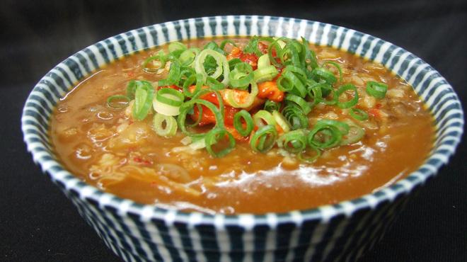 かまちゃん - 料理写真:人気メニュー!ニンニクとキムチスープのカレーおじや700円